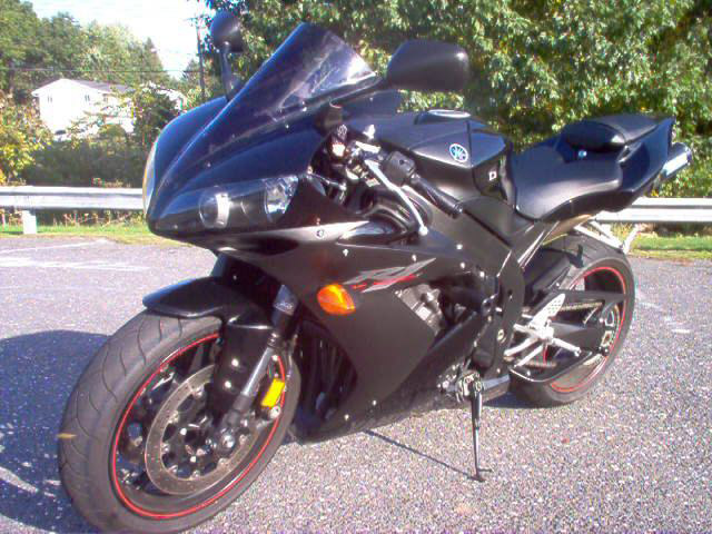 Featured Motorcycle - 2005 Yamaha YZF R1 Limited Edition